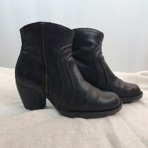 Born Black Leather Bootie, Size 8M